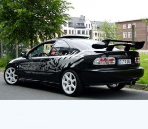 Autos mit Shakers-Logo